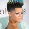 Rihanna de topete